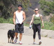 http://img174.imagevenue.com/loc463/th_387949152_Amanda_Seyfriend_hiking_in_Hollywood_Hills7_122_463lo.jpg