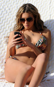 Кайли Бисутти, фото 6. Kylie Bisutti New Busty VS Angel in Bikini by the Pool*MQ, foto 6,